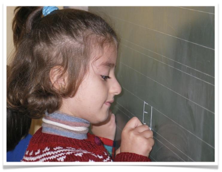 ora international Patenschaft Maedchen Albanien Tafel